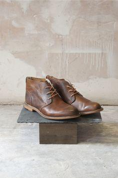 J Shoes Men's Leather Boot Monarch Glow : want it badly.  Black also pls. Men'S Leather Shoes, Shoe Men, Men Fashion, Leather Shoes Men, Dapper Gent, Glow, Mens Leather Boots, Fashionista Collect, Men Leather