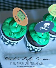 Chocolate Lovers Cake | Free Halloween Printables | TodaysCreativeBlog.net