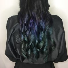 "Cool ""oil slick"" color blend by Jill at Karen Allen Aveda salon. Formula: Natural at root, lightened to pale yellow at ends. Use Eclipting technique to melt colors together. Formula 1: 20g PP B, 4g LVB, 20 ml developer. Formula 2: 20g PP G, 4g LVB, 20ml developer."