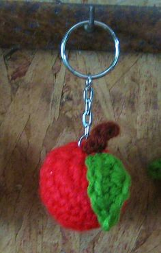 freebie pattern  for apple Keychain, so cute: other fruit are available lol. Thanks so xox