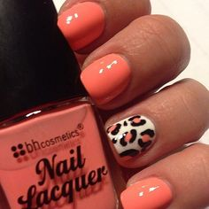 """Awesome IG'er: @wrappedinpolish using her BH Nail Lacquer in """"Fizz""""."""