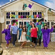 Hats off to your grads! Tons of graduation party themes and ideas!