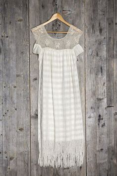 Vintage Enlace Crochet Dress