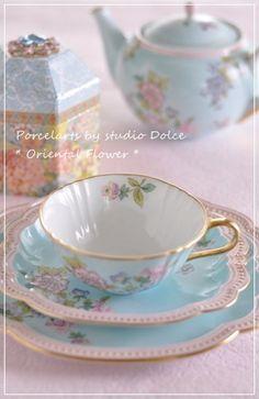 Lovely tea set.