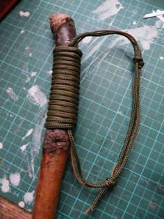 Easy paracord hiking stick handle/grip