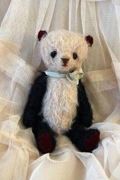Ooak shabby chic miniature bear  Panda Bébé by Rotna on Etsy, $70.00
