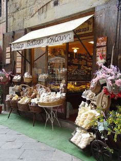 front food shops, italian dream, tuscany italy food, italian market place, food in tuscany, flower shops, little shop, storefront, store front