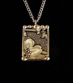 Broken china jewelry antique black and white English transferware pendant necklace