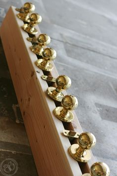 Little bits of Bliss: How to Paint Doorknobs