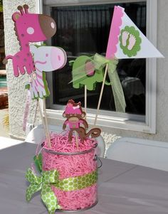 Jungle Theme Baby Shower girl - table decorations