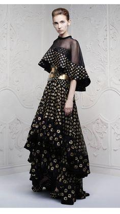 Alexander McQueen alexander mcqueen, fashion fabulos, glamor dress, cloth, 2013, coutur fantasi, haut coutur, dot dot, alexand mcqueen