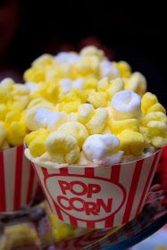 Popcorn cupcakes. Fabulous idea for a circus party, or movie night.