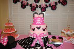 Elizabeth's Minnie Cake