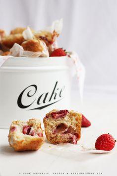 Ricotta Muffins With Strawberries