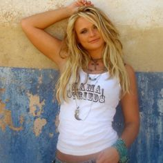 She used to tie her hair up in ribbons and bows    quot Miranda Lambert Straight Hair