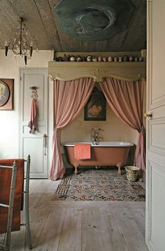 loving this tub behind the curtain...and the floors...and everything else...