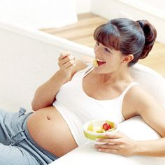"""pregnancy eating. week by week list. Also has a """"fertility diet"""" for those trying to get pregnant. Great resource and list of links"""