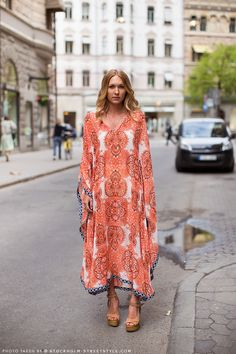 City Caftan boho chic, wedge shoes, fashion, summer looks, city streets, dress street style print, street styles, vacation wear, kaftan