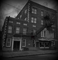 """The Von Minden Hotel in Schulenburg, Texas is said to be haunted by """"the girl in the polka dot dress"""". haunt texa"""