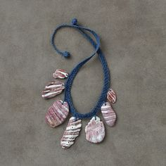 shell necklac