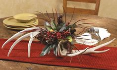 antler decorating ideas | Rustic Christmas | Canadian Log Homes