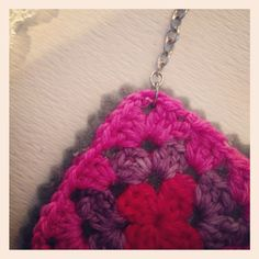 Granny Square Necklace Tutorial