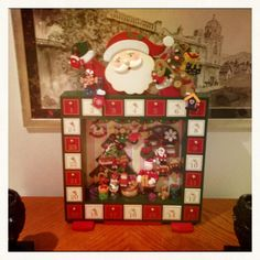 Christmas stockings advent calander and tree skirts on for Decoracion navidena casera