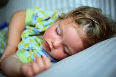 tips for Getting Your Kids to Sleep When Toddler and Baby Share a Room -