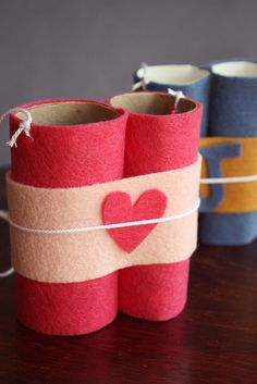 valentine day crafts, toilet paper rolls, paper towel rolls, binocular craft, tp roll