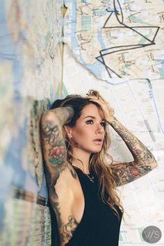 girls with ink on pinterest inked girls ink and tattoo ink. Black Bedroom Furniture Sets. Home Design Ideas