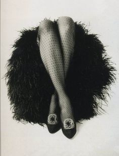 Ad for Haines hosiery, 1964. Jack Rawlings, photographer