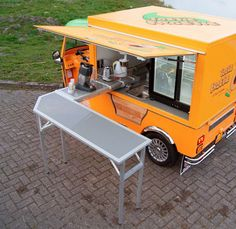 Tuk Tuk Factory unveils an all-electric food cart, the e-Tuk Vendo, and its first customer plans to use it to provide fresh fruit shakes and fruit cups. tuk tuk, foods, electr food, tuktuk, food carts, foodtruck, factori, mobil, food trucks