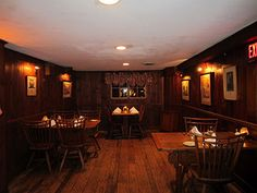 Beekman Arms Tavern: Head back to the colonial tap room, and toast fellow travelers—just as folks have done at this site since it opened as a stagecoach stop in 1776.