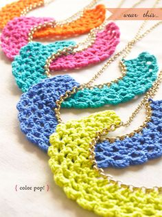 chain, color, peter pan collars, diy gifts, crochet necklace diy, bib necklaces, crochet bracelet, friend gifts, stitch patterns