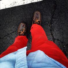 rock, red pant