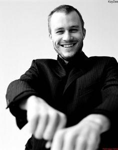 smile Heath Ledger.
