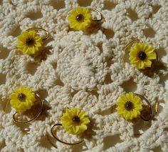 Perfect #hairaccesssory for #flowergirls. Summer Wedding Yellow Daisy Hair Swirls by hairswirls1 on Etsy, $8.99