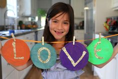 How To Make A Cool Banner - DIY ART - so cute and easy for kids to do!