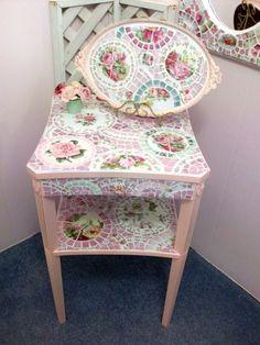 Stunning Shabby Pink China Mosaic Table