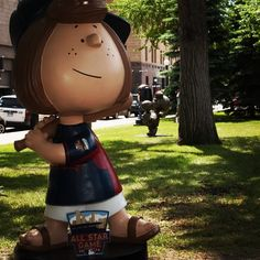 Peppermint Patty and the Peanuts gang are decked out in their #Twins gear in St. Paul at Rice Park to celebrate the #AllStar2014 game! #TwinsSpirit #OnlyinMN