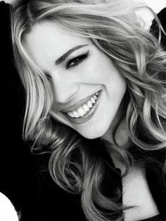 Billie Piper from Secret Diary of a Call Girl. So pretty!