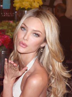makeup and gorgeous blonde hair
