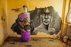 STREET ART - Jeaze Oner - Graffiti & Street Art Soldierz breaks through the fourth wall with this giant spray can.