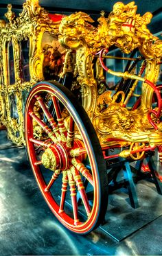 The Museum of London, if you love London, it's a must on the itinerary. Deep within the older 'City of London', you need to 'seek it out'. The Lord Mayor's Coach or 'State Coach'  is displayed there, and makes an annual outing at the Lord Mayor's show, in early November.