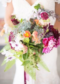 bohemian inspired bouquet of berry-tones