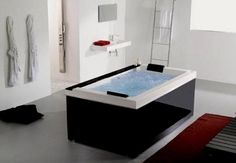 Is this the coolest bathtub?   I would have this one in my beach home...