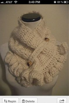 Button scarf