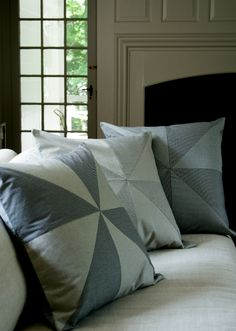 DIY: big pinwheel pillows