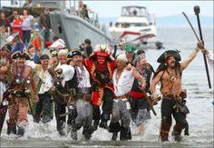 Seafair Pirates landing at Alki Beach to kick off Seafair