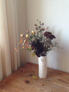 // flower + arrangement